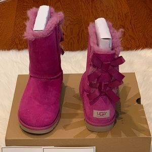 Ugg limited edition Bailey bow boot  Vpink size 6